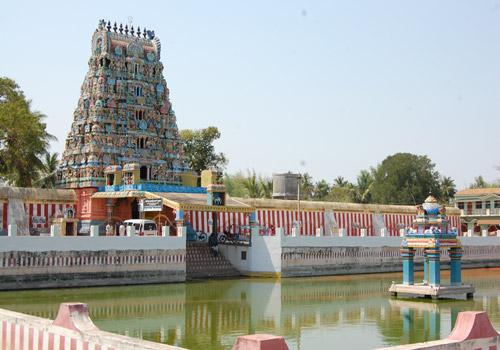 Temple tank at Garbarakshambigai Temple