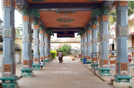 view-sri-mullaivananathar-sri-garbarakshambigai-amman-temple